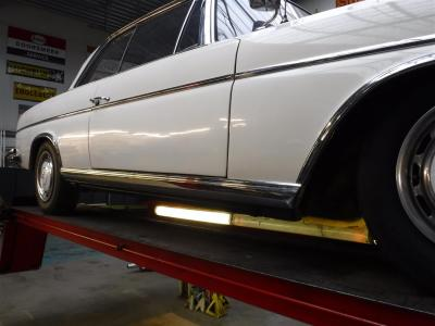 1966 Mercedes - Benz 300SE Coupe white