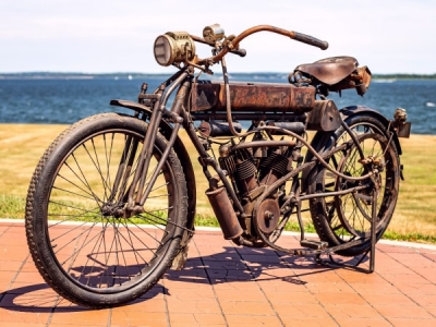 "1909 Curtiss V-Twin ""Roadster"""